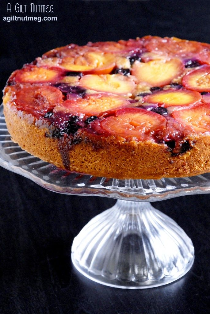 Plum Blueberry Upside Down Cake! Lightly spiced to compliment those ...