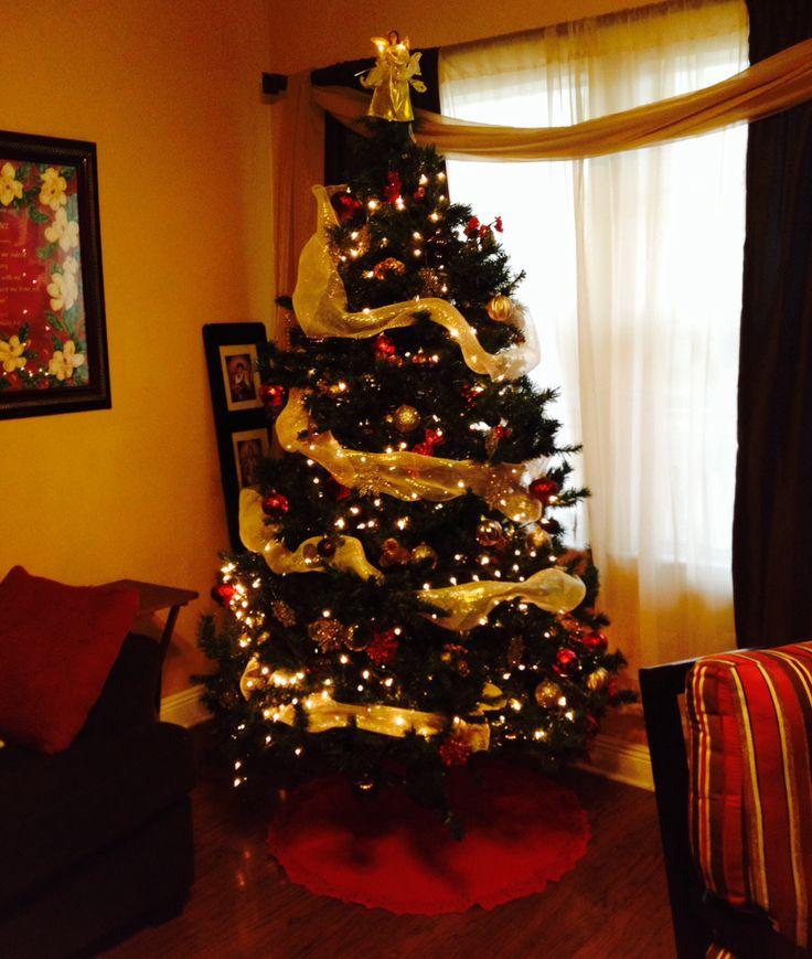 Deco mesh garland christmas tree christmas pinterest