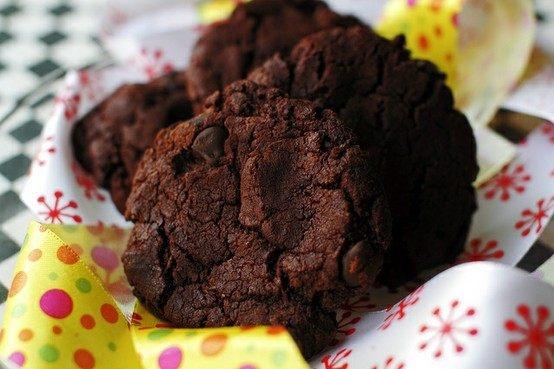 Giant Bakery Style Double Chocolate Chip Cookies- Amazing Girl Cookies ...