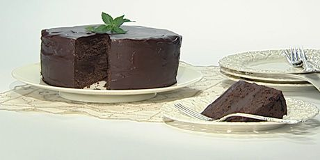 Chocolate Peppermint Truffle Cake | food | Pinterest