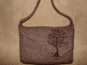 Felted Purse with Needle Felted Tree | KnittingInsp | Pinterest