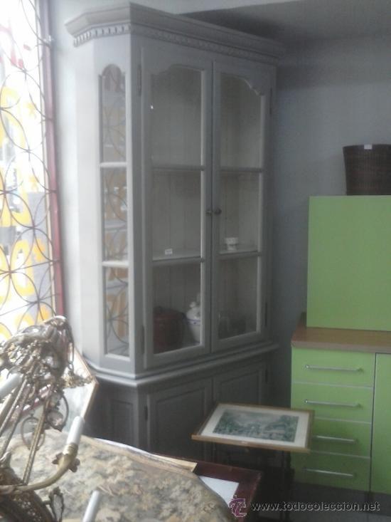 Casa de este alojamiento armario vitrina rustico - Armario rustico segunda mano ...