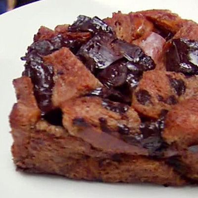 Alton Brown's Chocolate Bread Pudding - I'm not fan of bread pudding ...