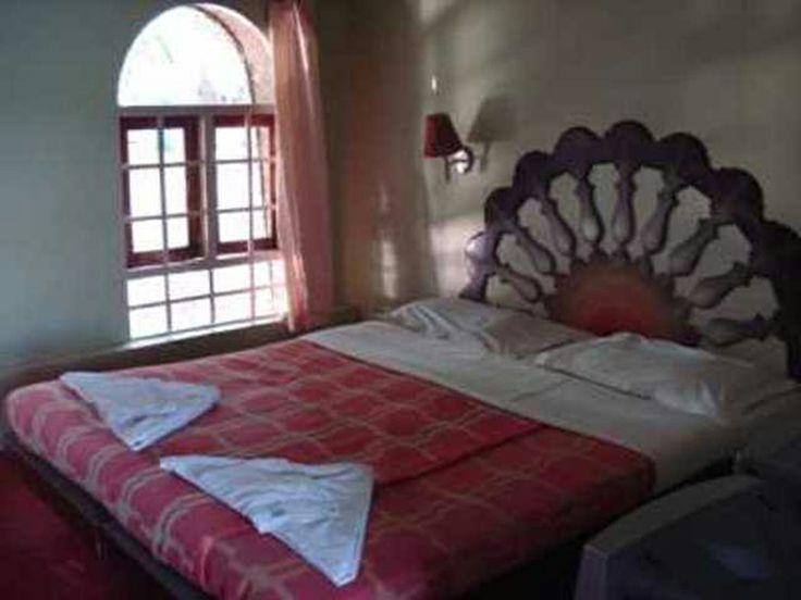 Remarkable Indian Bedroom Interior Designs 736 x 552 · 41 kB · jpeg