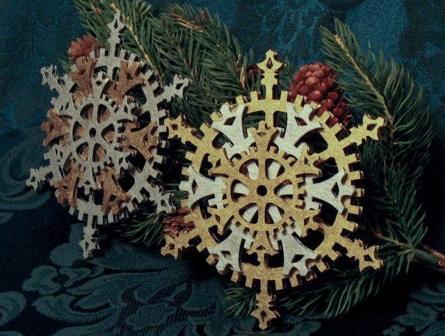 Classic Steampunk Snowflake Gears Ornament (Set of 4)