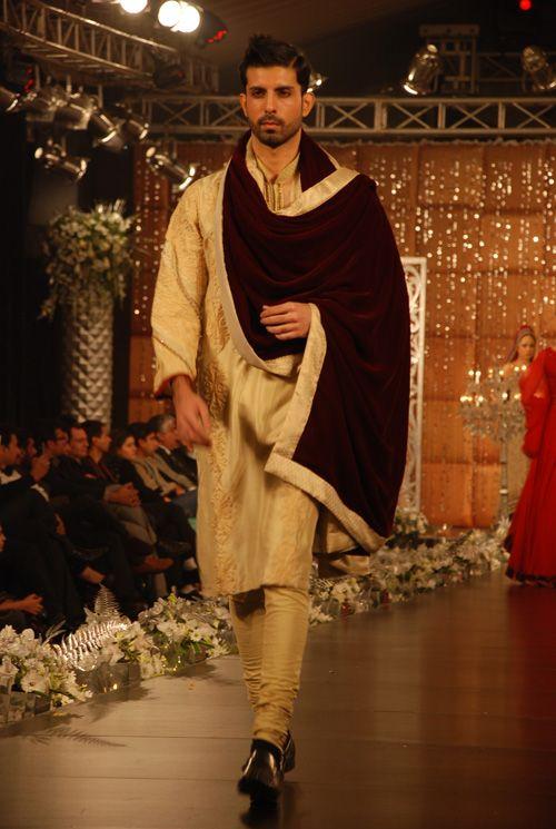 Indian mens fashion indian haute couture pinterest for Haute couture men