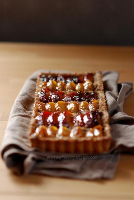 Plum hazelnut tart | Foodography | Pinterest
