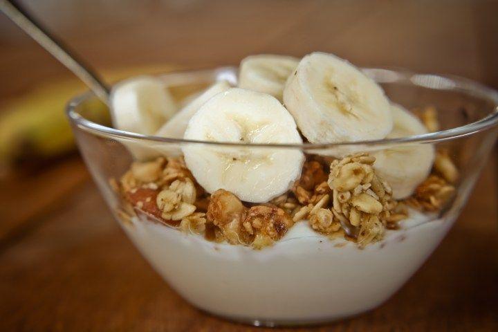 Greek yogurt + banana + walnut + cinnamon