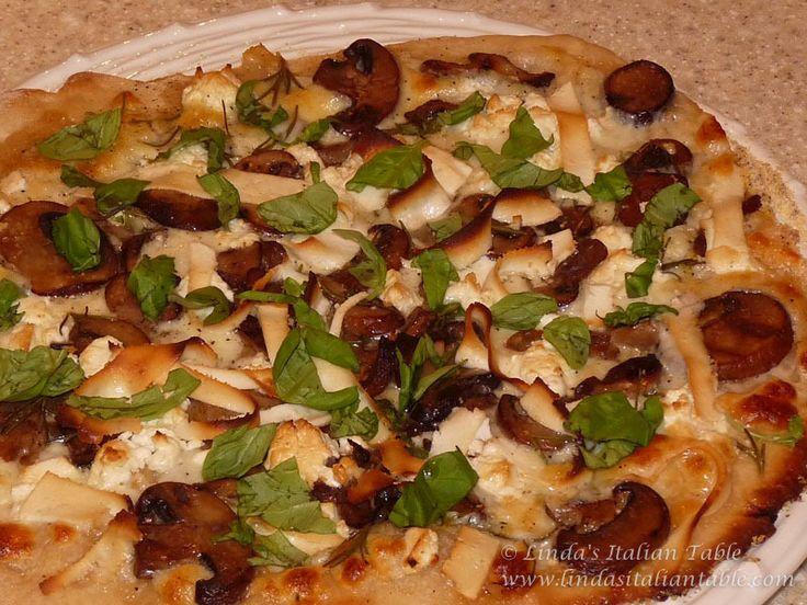 WILD MUSHROOM PIZZA http://www.lindasitaliantable.com/wild-mushroom ...