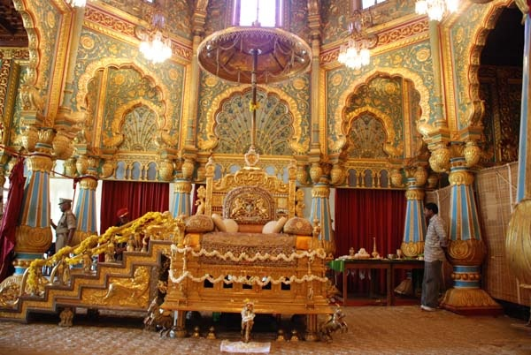 A room in mysore palace destinations pinterest for Apartment interior design mysore