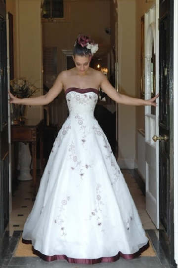 wedding gowns with red trim wedding beach venues pinterest