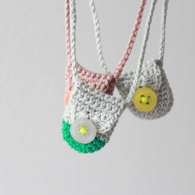 Crochet Little Bag : Lovely little bags Crochet is cool. Pinterest