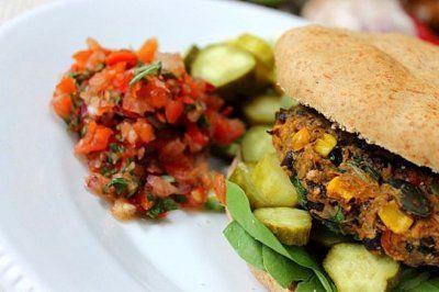 Black bean corn burger | Vegan & Vegetarian | Pinterest
