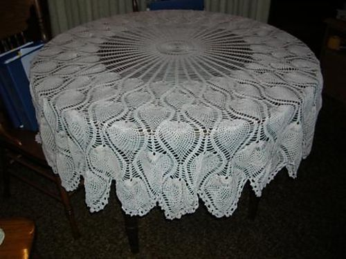 Free Crochet Patterns Lace Tablecloths : Pineapple lace table cloth CROCHET Pinterest
