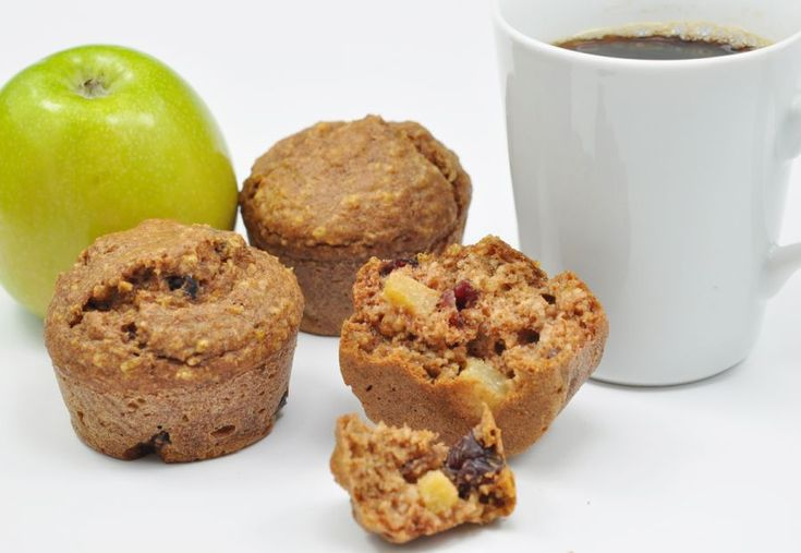 Steviacane Whole Wheat and Oat Apple Cranberry Muffins | Recipe