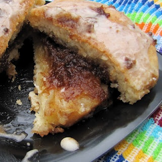 Cinnamon Filled Gooey Breakfast Biscuits | Sweet Breakfast & Brunch ...