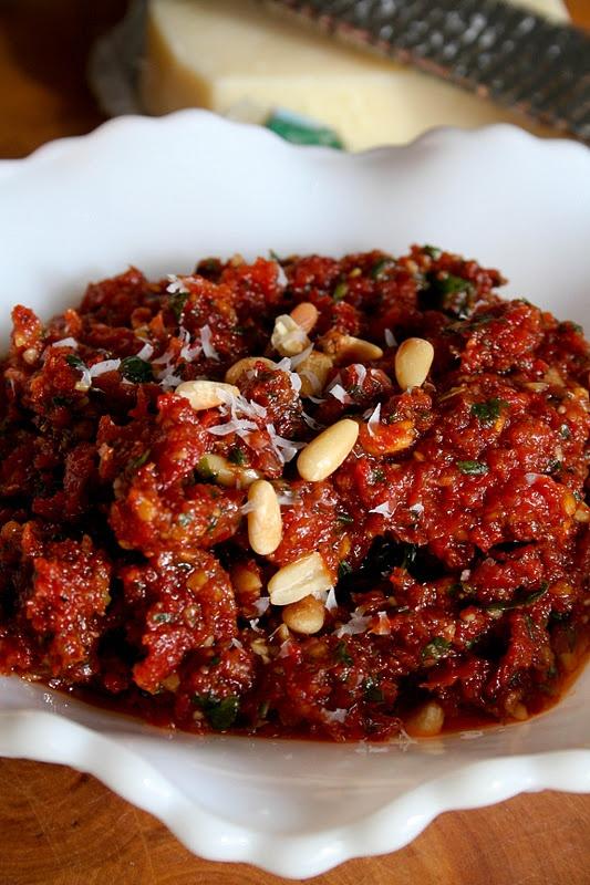 Sun-Dried Tomato Pesto Sandwich - Oh Sweet Basil