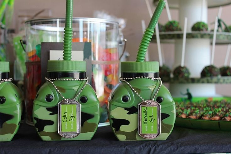 Canteen party favors from party city camouflage army for Army party decoration ideas