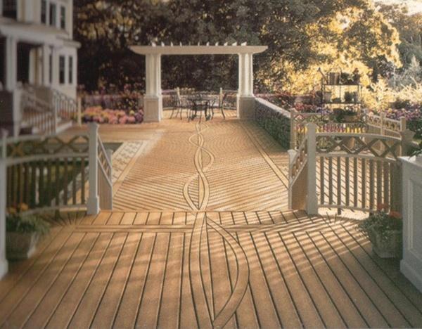 composite decking with serpentine design