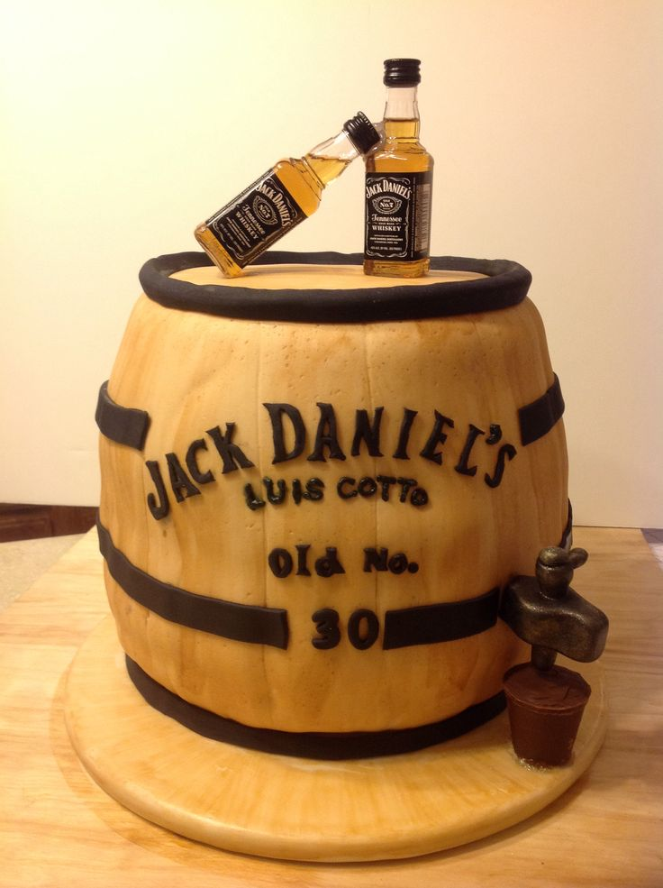 Jack Daniel´s Barrel Birthday cake  Cakes that Inspire  Pinterest