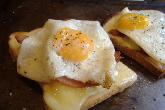 bacon, egg and cheese toastie | Food | Pinterest