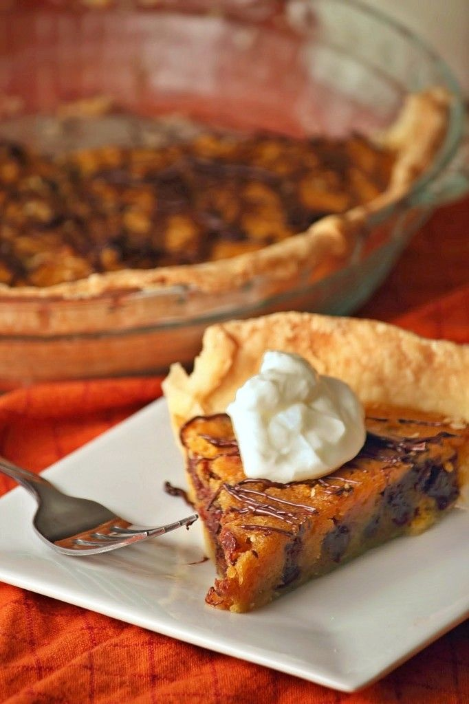 two of the best desserts on earth - cookies and pie! Pumpkin Chocolate ...
