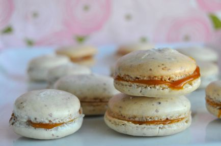 Salted Caramel Macarons . . . could one of my gifted cooking friends please make these for me?