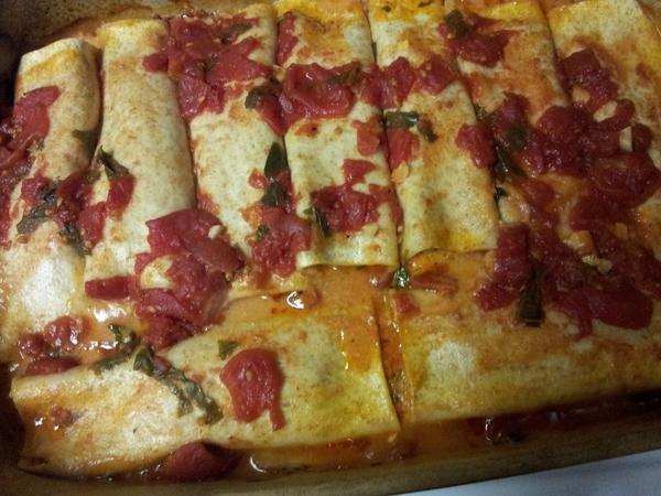... cover recipe, Sweet Potato, Goat Cheese & Turkey Canneloni. #drool