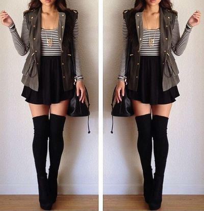 Gray long sleeved top, black skirt, and black long socks. This looks very cool.