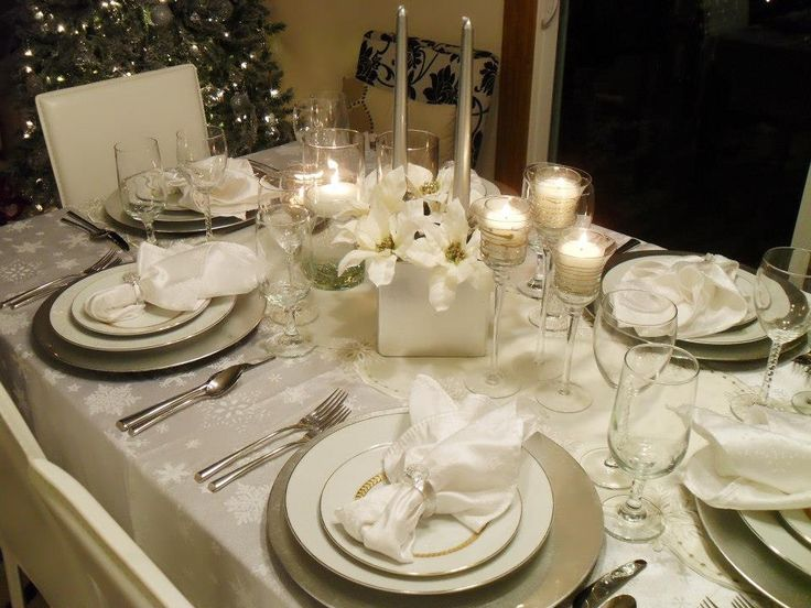 Table Setting Using Different Kinds Of Glasses Holiday Decorating