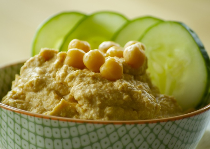 sun dried tomato hummus- uses reconstituted tomatoes