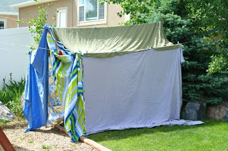 how to build a cubby house with blankets