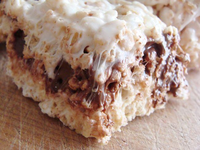 nutella-stuffed rice krispie treats. | The Cheesy Kitchen. | Pinterest