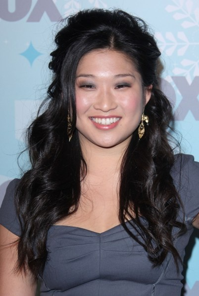 Jenna Ushkowitzs half up, half down hairstyle
