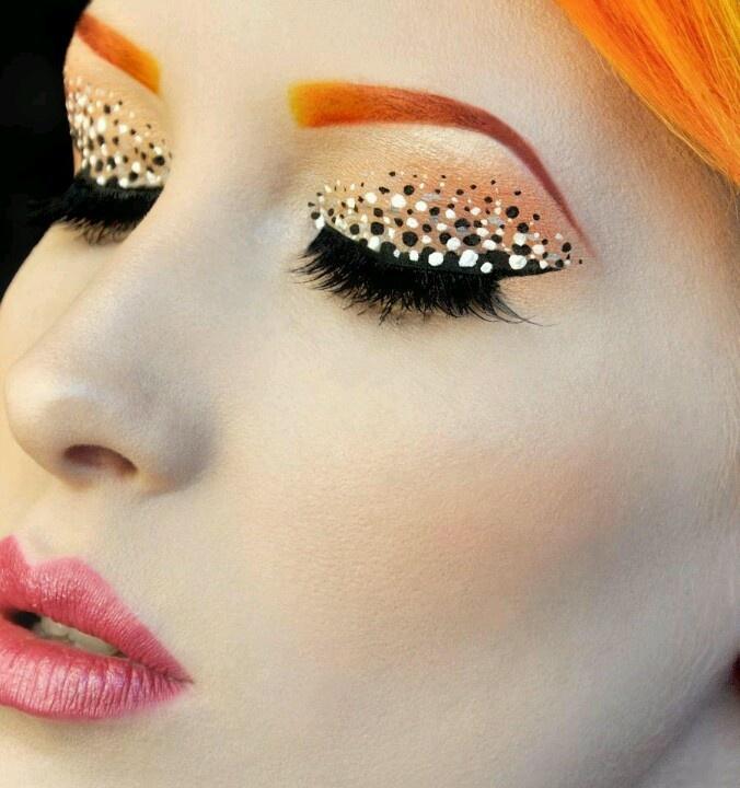 Speckled Eyeliner Tutorial
