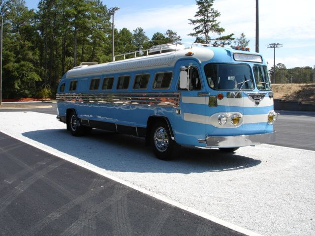 Wonderful Motorhome Conversion From Greyhound Bus To Luxury Motorcoach Photos