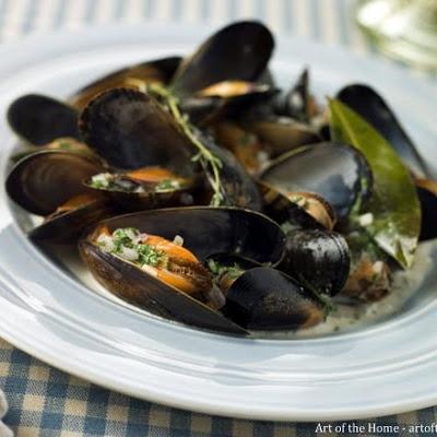 Mussels à la Marinière | SHELLFISH 1 | Pinterest