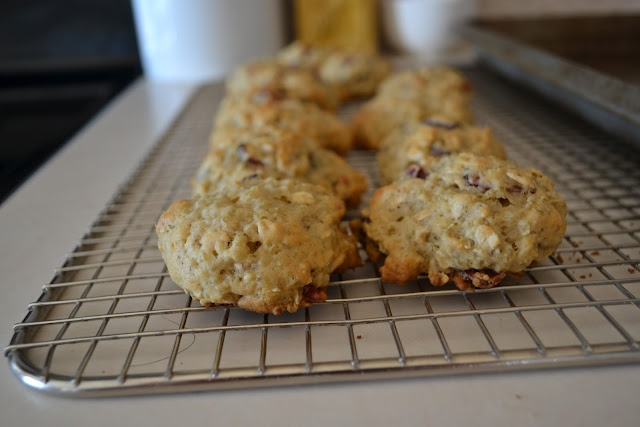 cranberry almond quinoa cookies | nom-able + recipe hoarding | Pinter ...