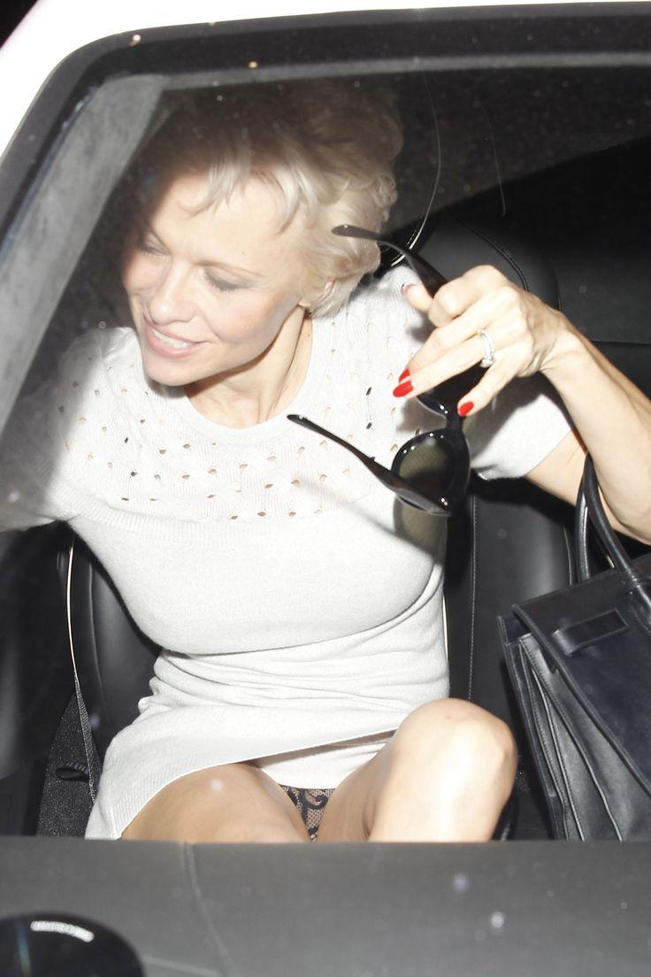 Pamela anderson upskirt naked