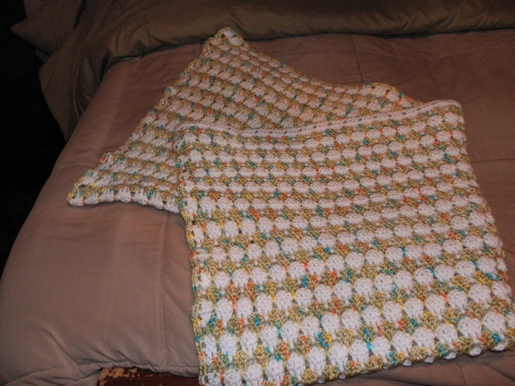 Crochet Stitches Larksfoot : Crochet Baby Afghan. An easy stitch. Larksfoot is the stitch.