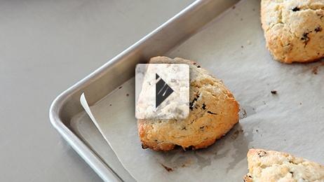 Cream Scones with Currants
