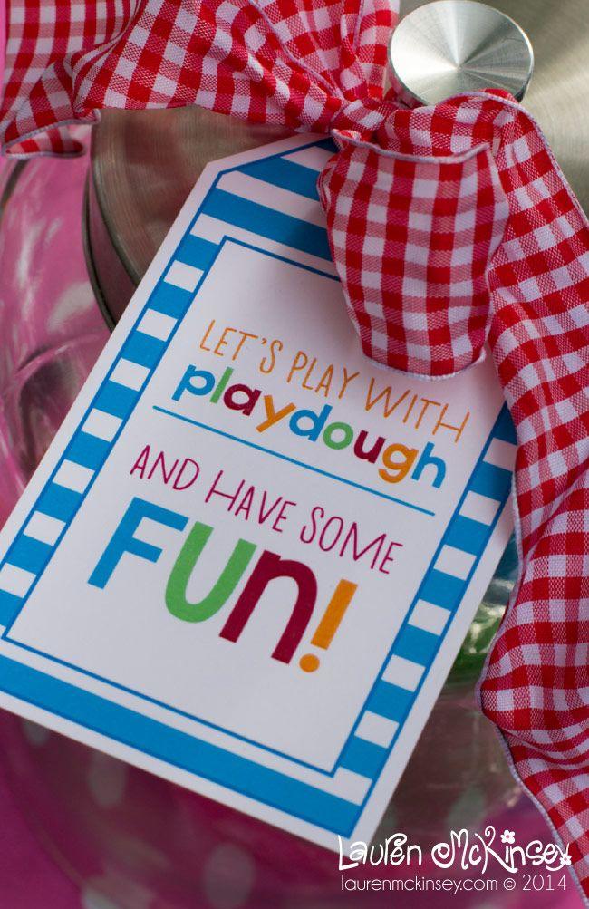 Homemade Playdough - Recipe and free printables!