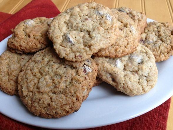 Chocolate Cherry Oatmeal Cookies | Oatmeal Cookies | Pinterest