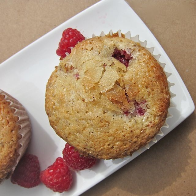 SUGAR CRUSTED RASPBERRY MUFFINS http://www.lulupowers.com/blog ...