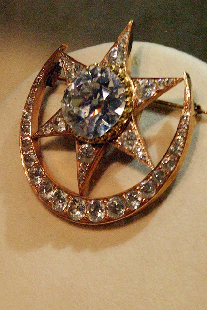 Nizam of hyderabad jewelry collection my culture pinterest for Indian jewelry queens ny