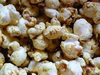 curry popcorn! | Yummy (Healthy) Food- Savory | Pinterest