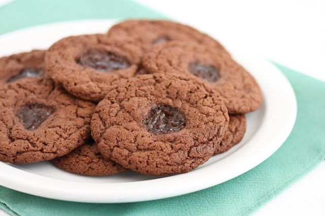 Flourless Chocolate Peanut Butter and Jelly Cookies | Kirbie's ...
