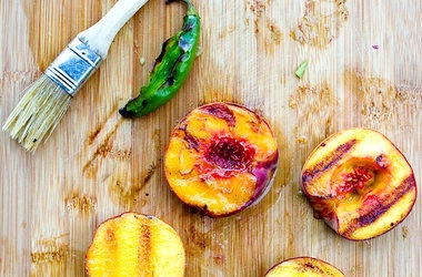 Grilled Peach and Cucumber Salsa | yum | Pinterest