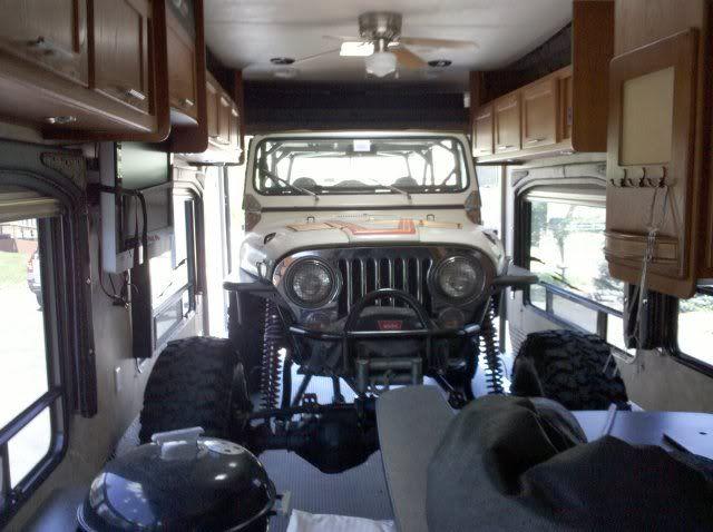 192880796511531186 on Bumper Pull Horse Trailer Floor Plans
