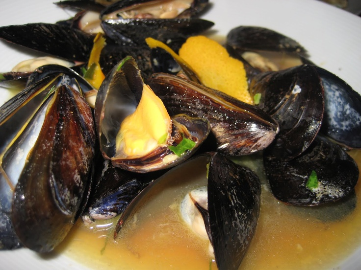 Beer Steamed Mussels | Foods and beverages | Pinterest